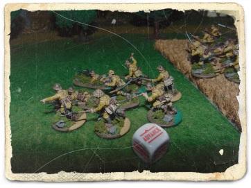 Drużyna sierżanta Mifune osłaniała lewą flankę.