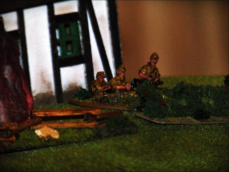 Japoński CKM pilnował wzgórza.